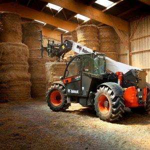 Large-Bobcat-TLS-TL3570-Agri-Bale-Handler-160628_IMG_6178